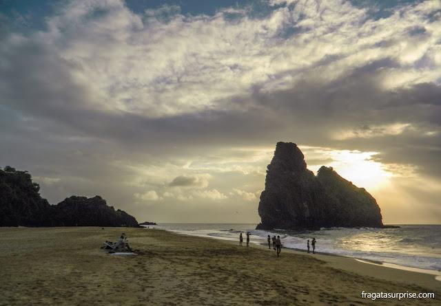 Pôr do sol na Praia da Cacimba, Fernando de Noronha