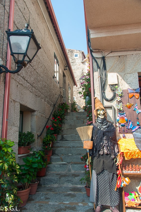 Detalle calles Combarro. Visitando Galicia.