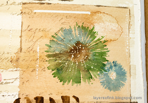 Layers of ink - Nature Sampler Art Journal Page Tutorial by Anna-Karin Evaldsson.  Stamp with Simon Says Stamp Anna's Flowers.