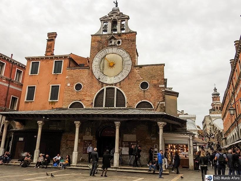 Igreja San Giacomo di Rialto - O que fazer em Veneza