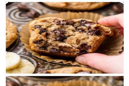 Healthy Banana Chocolate Chip Muffins