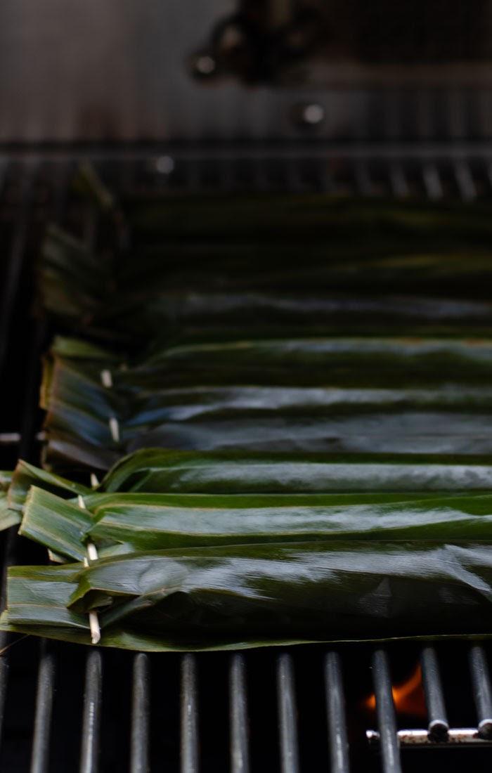Bakar pulut udang atas barbeque