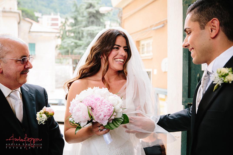 arrivo sposa fotografo matrimonio Genova Certosa