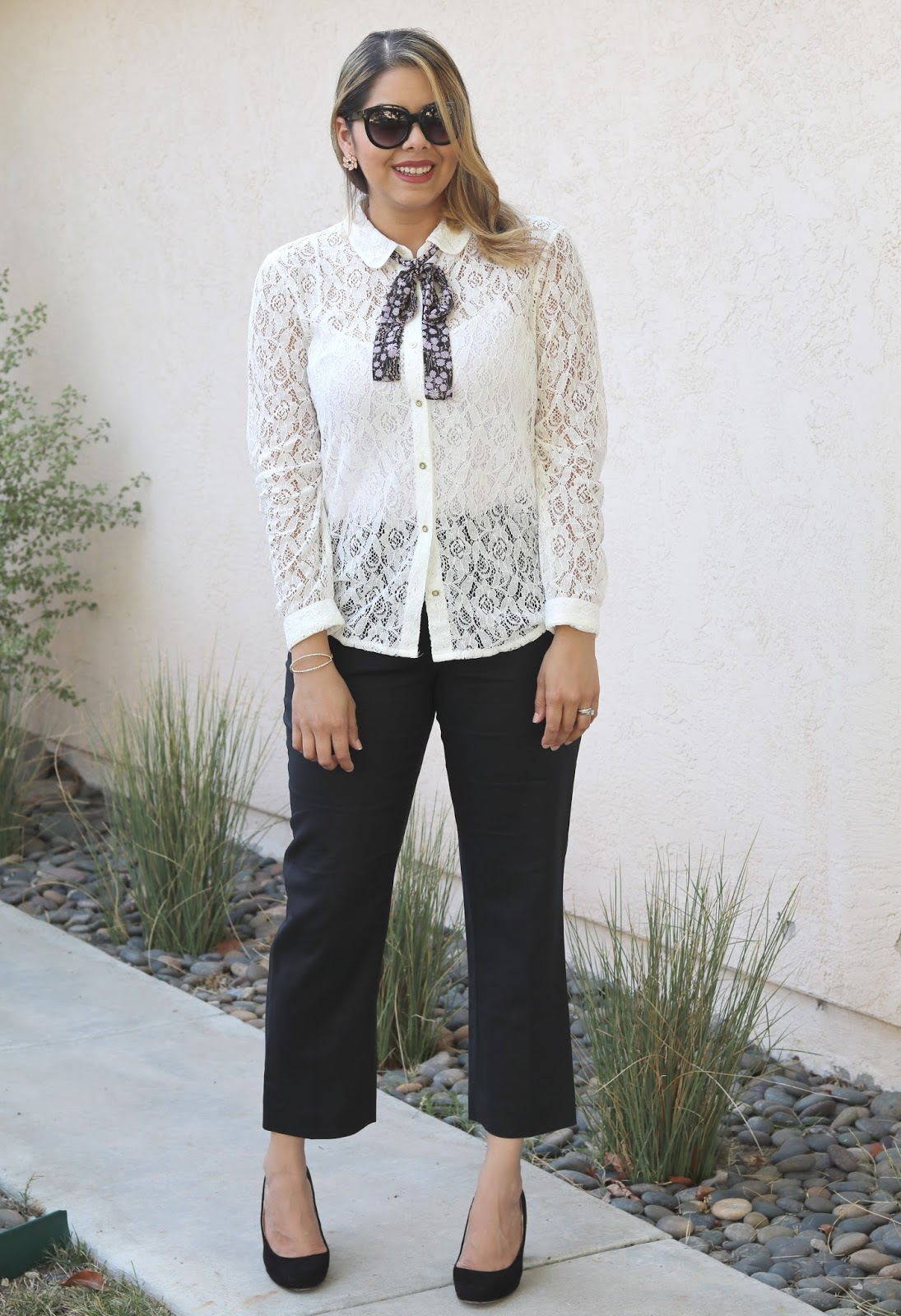 Feminine with a menswear touch, cropped black pants, how to wear cropped black pants, business chic outfit