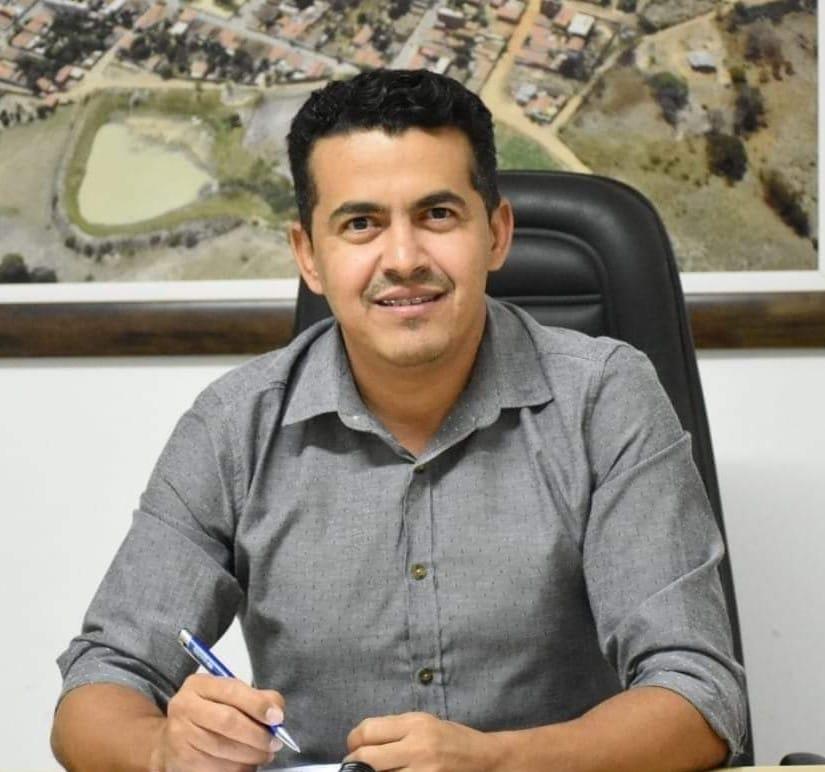 GUAJERU: PREFEITO INSTITUI COMITÊ INTER SETORIAL PARA CONTROLE DA MERENDA ESCOLAR