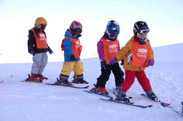 Aulas de esqui infantis no Cerro Castor em Ushuaia
