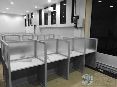 Meja Partisi Sekat Anti Corona-Covid-19 + Furniture Semarang ( Cubicle Workstation )