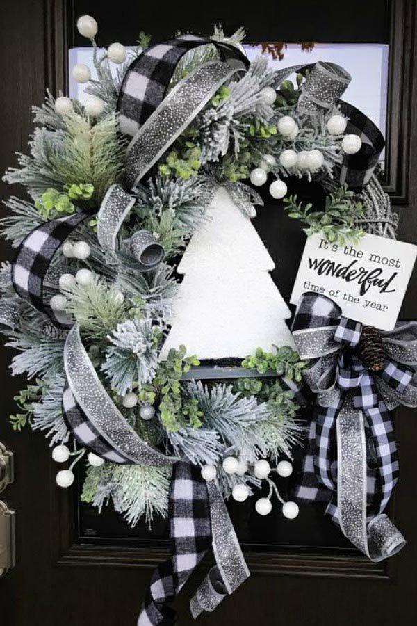 awesome christmas wreath