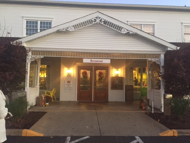 On our recent visit to Holmes County Ohio the lovely Robin and I ate a meal at the Amish Door restaurant in Wilmot near Berlin where we were staying. & Hither u0026 Yon: November 2016 pezcame.com