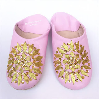 artisanat fez marrakech morocco vintage shoes Moroccan Shoes : Raffia style summer 2019 boho style chic handmade sandales