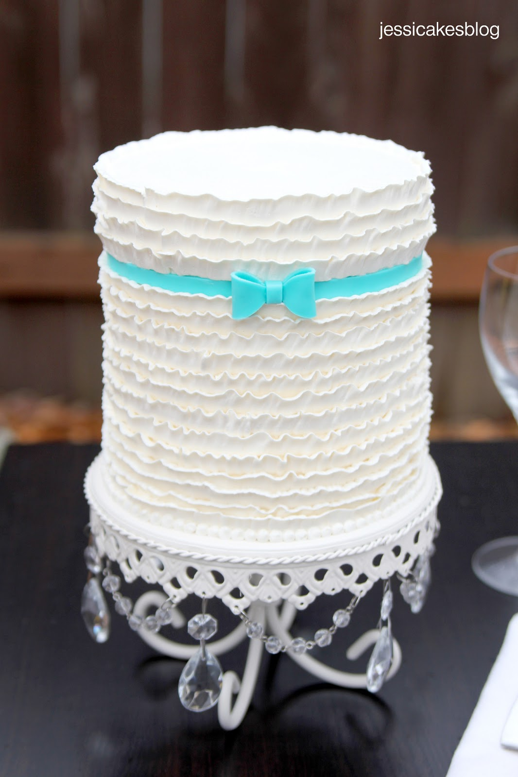 Buttercream Ruffles Cake Tutorial
