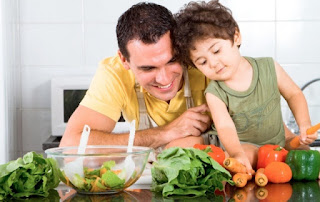 ما كمية الخضر والفاكهة التي يجب أن يتناولها الطفل يومياً؟ 67