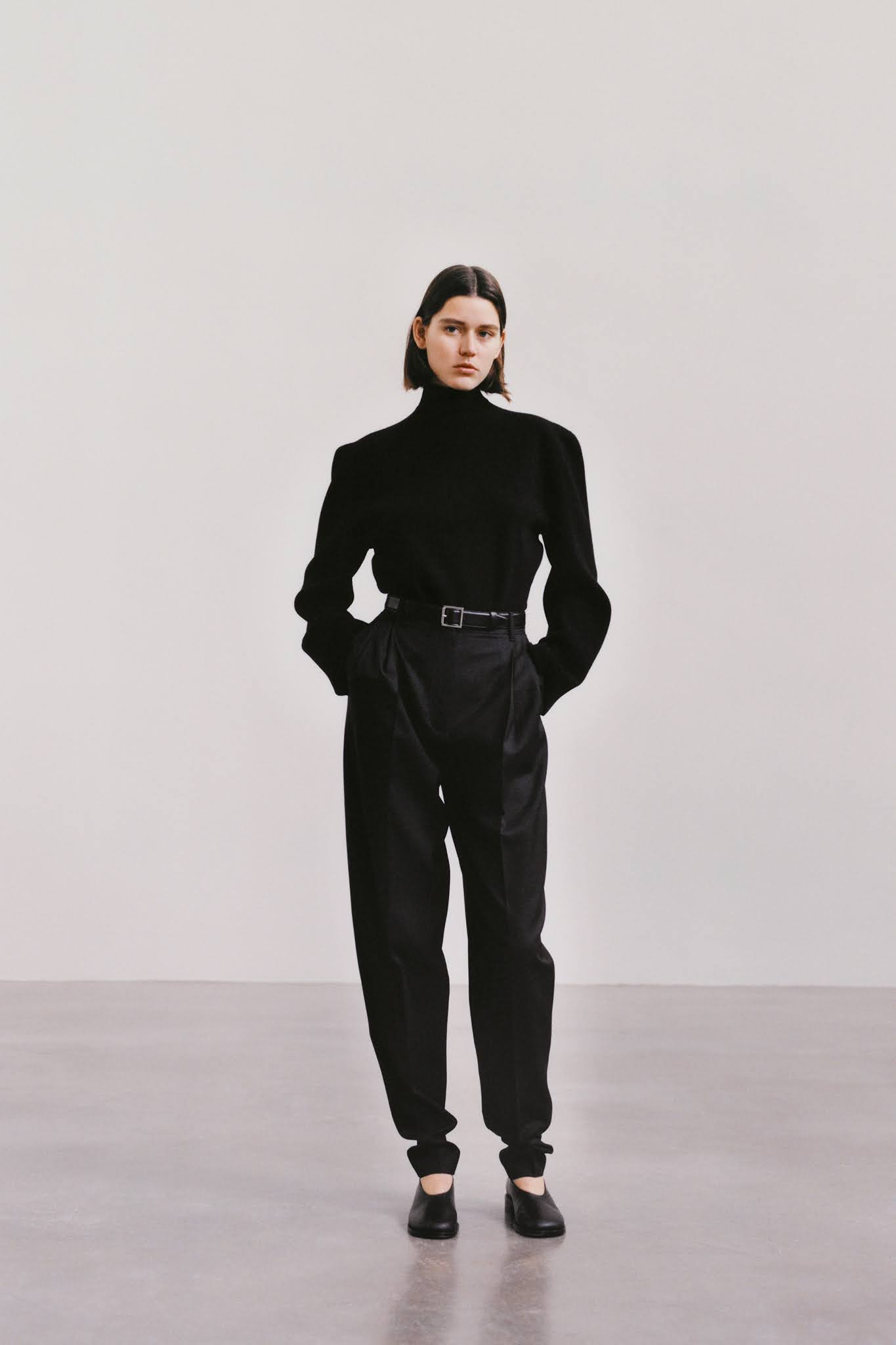 All Black The Row Look For Less