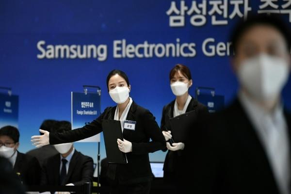 رغم أزمة كورونا.. تقارير تتحدث عن موعد إطلاق سامسونغ لـ Galaxy Note 20 و Galaxy Fold 2