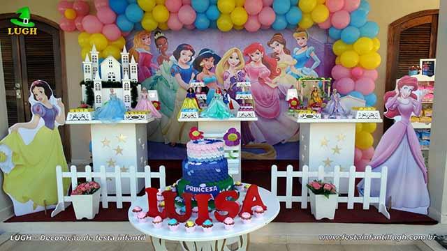 Decoração de festa Princesas(Disney) - Mesa temática provençal
