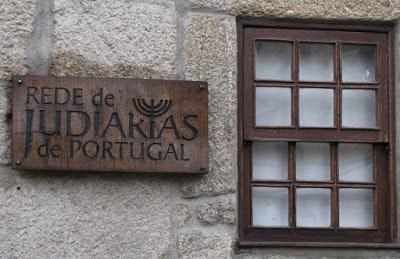 Placa da Rede de Judiarias em Belmonte