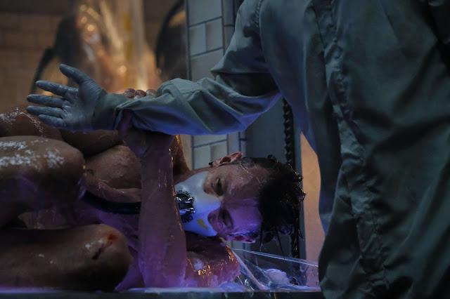 Takeshi Kovocs resucita en una nueva piel