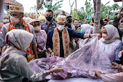 Menteri Sandiaga Didoakan Menjadi Pemimpin Bersahaja oleh Remaja Difabel Desa Rigis Jaya