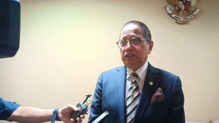 Ketua Komisi XI Dito Ganinduto