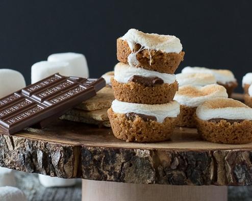 S'mores Bites #dessert #cakes #bites #healthycake #yummy
