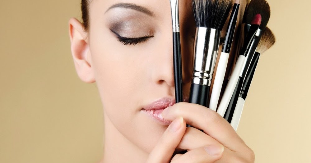 What You Need to Know about Makeup Brushes | GingerSnaps
