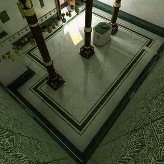 কাবা শরীফের ভিতরের ছবি-কাবা ঘরের ভিতরের ছবি