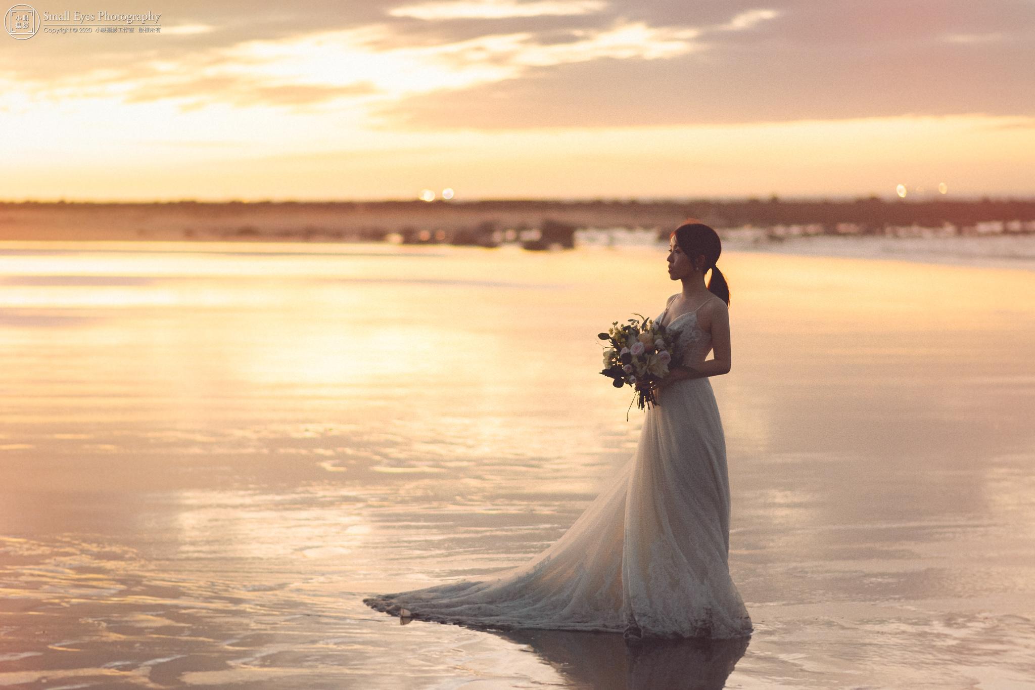 小眼攝影,自助婚紗,婚攝,婚紗攝影,新秘瓜瓜,吉兒婚紗,台灣,北部,北海岸,海邊,夕陽,日落