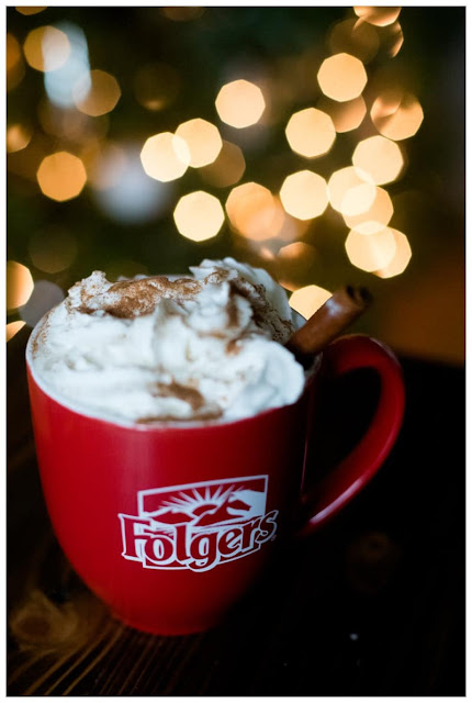 eggnog latte, holiday drink, delicious coffee, Christmas coffee, tis the season,