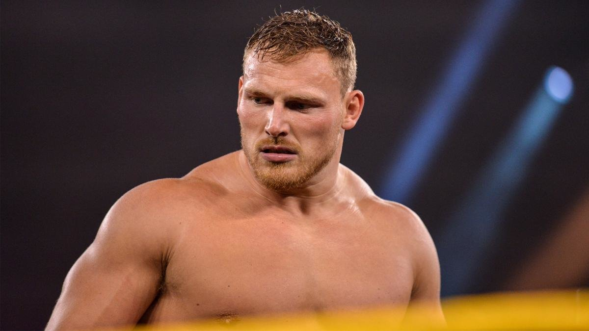 Ridge Holland já está treinando no WWE Performance Center