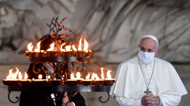 9 Tips Hidup Sehat Ala Paus Fransiskus