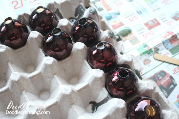 Retro Craft: Vintage Resin Lucite Grapes DIY