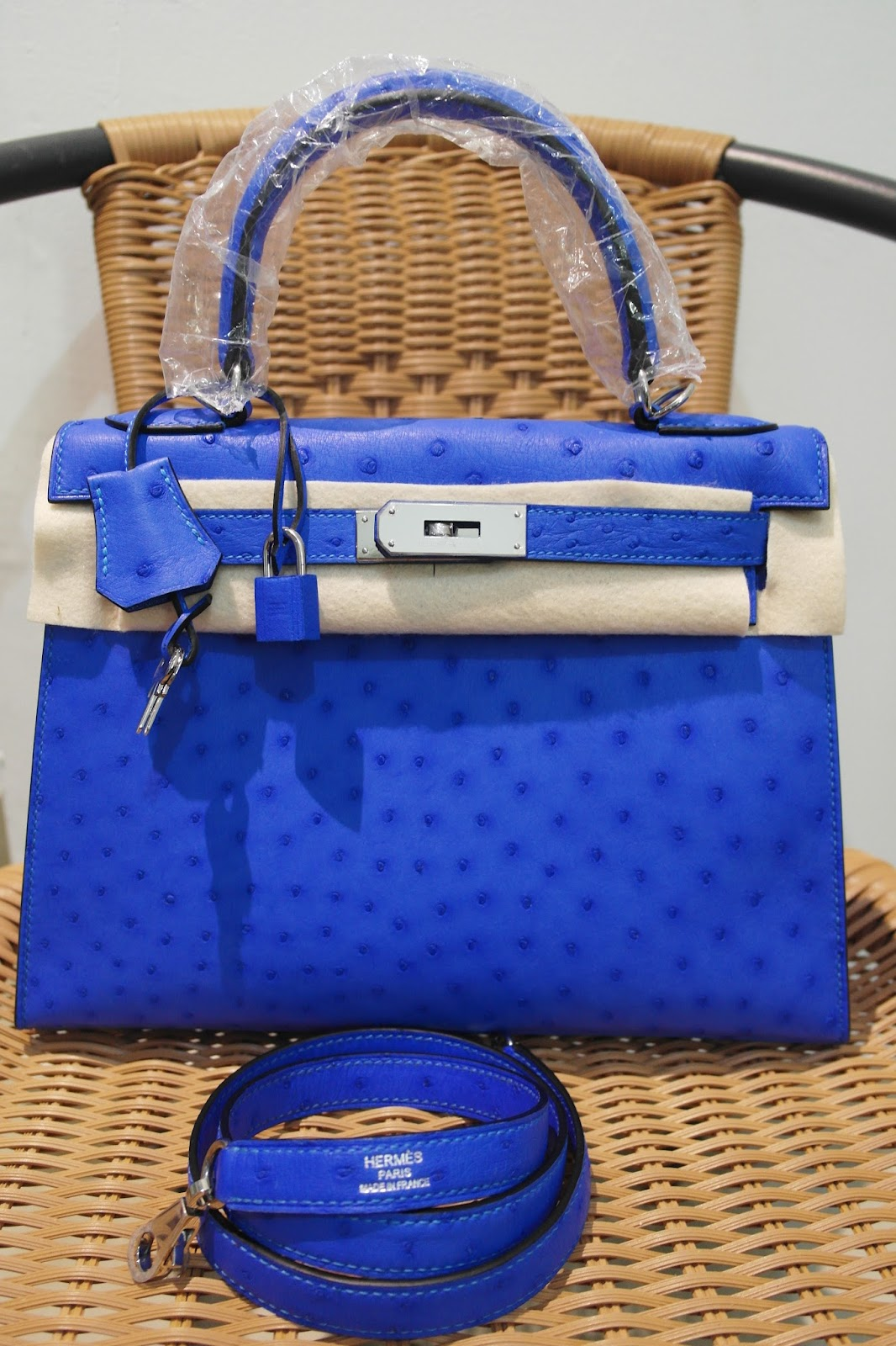 ... low price hermes kelly 28 k28 ostrich leather blue hydra color code t7  fef89 5363b ac3abda8e1643