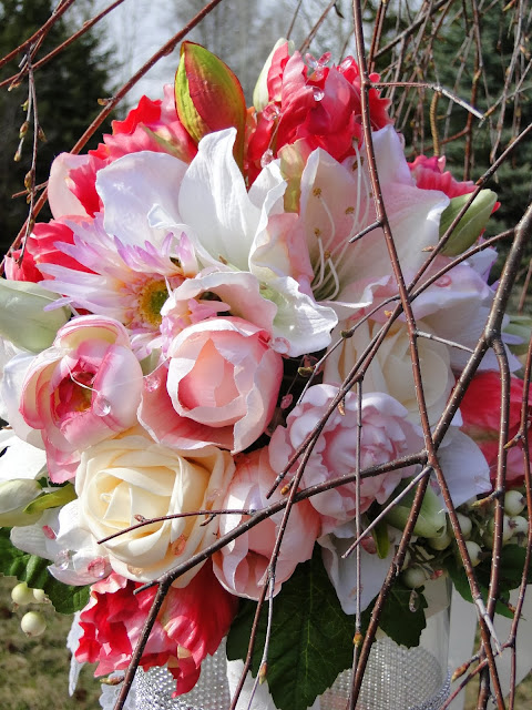pink tulip bouquet at the Camellia