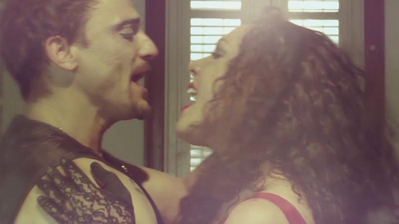 """Tesis de Menta - """"Caí del Cielo"""" - Videoclip - Dirección: Mauricio Abad. Portal Del Vídeo Clip Cubano - 09"""