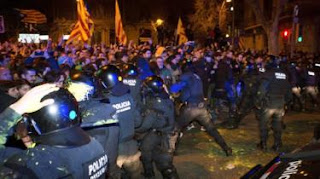 Spain Catalonia: Five separatist leaders detained