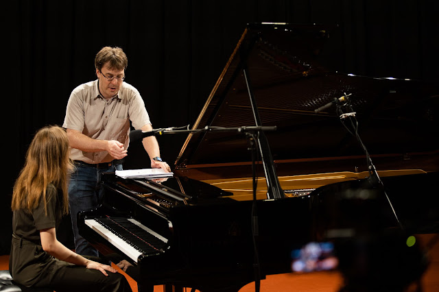 Toms Ostrovskis and student during Riga Jurmala Academy masterclass with Leif Ove Andsnes (Photo Reinis Oliņš)