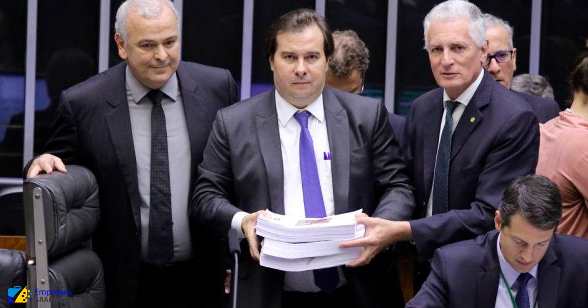 Câmara aprova novas regras com aumento do valor de saque do FGTS