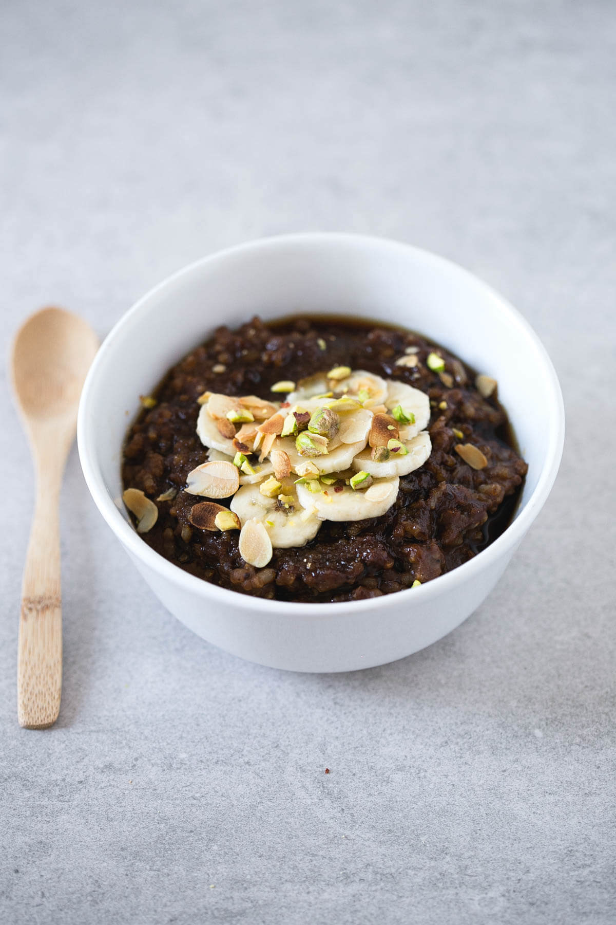 Rice porridge: Rice porridge is a rich alternative to traditional porridge, perfect for those who cannot have oatmeal. It is a very filling breakfast.