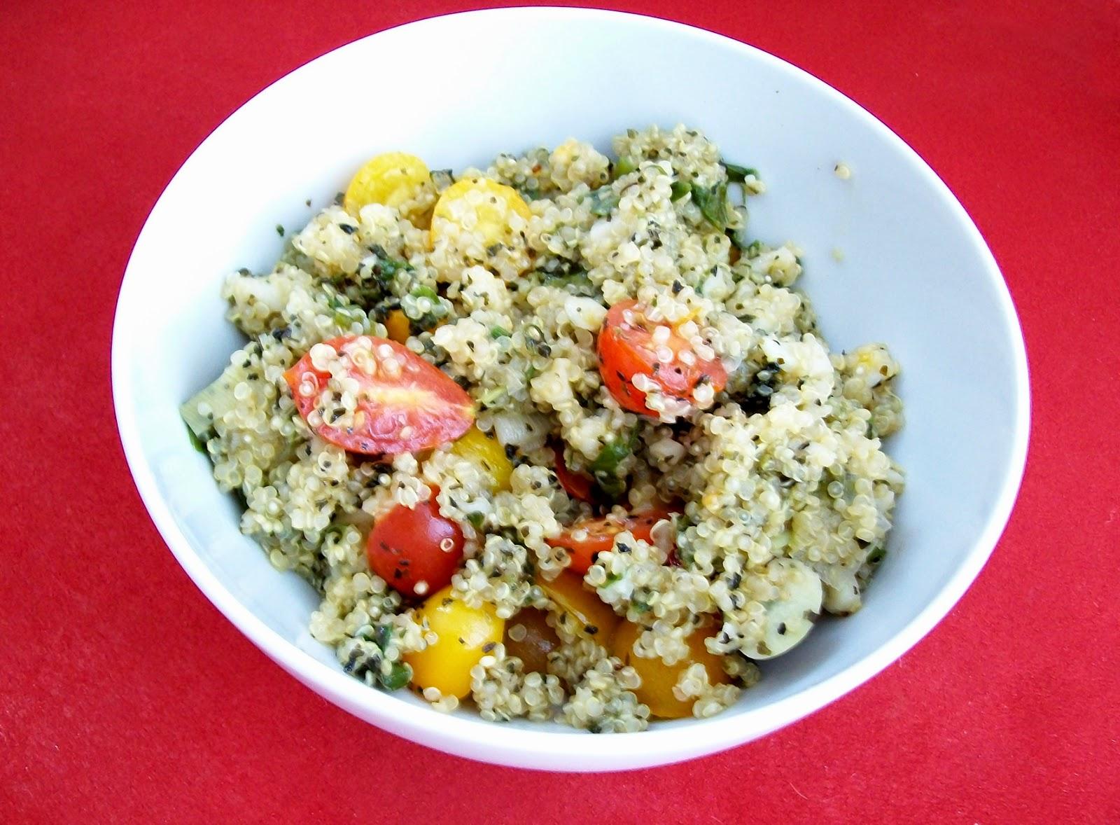 vegane quinoa-zucchini-pfanne - hauptspeise