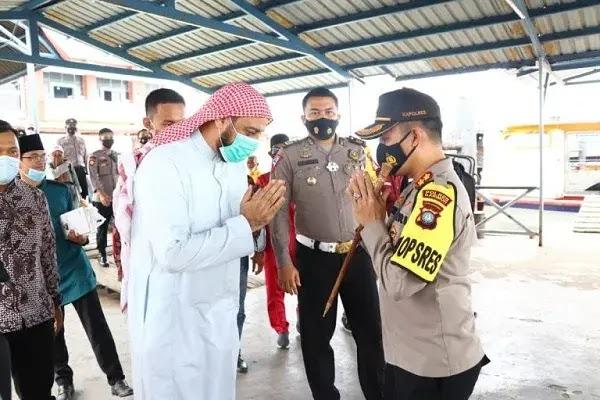 Syeikh Ali Jaber Memberikan Tausiyah di Polres Karimun