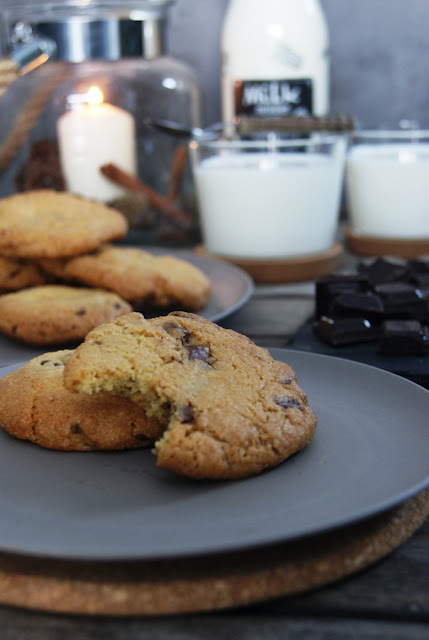 ciasteczka z czekoladą, cookie, ciastka z kawałkami czekolady, domowe ciastka, najlepsze ciastka,