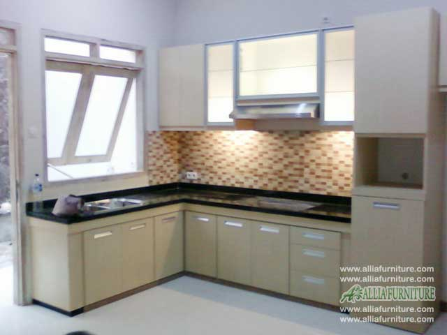 kitchen set minimalis bentuk L woody