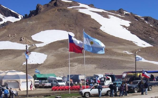 Empresarios del sector hotelero y gastronómico piden que chilenos vacunados puedan venir a Mendoza
