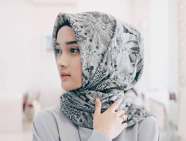 Aneka Model Jilbab Dalam Fashion Muslimah