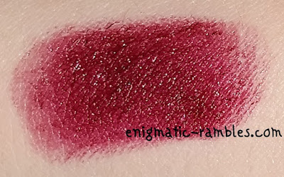 swatch-review-makeup-gallery-poundland-colour-moisture-lipstick-black-cherry-18