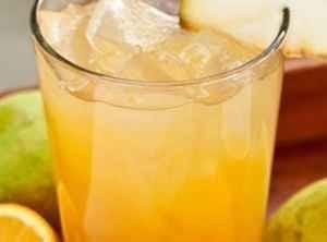 عصير الكمثرى بالبرتقال