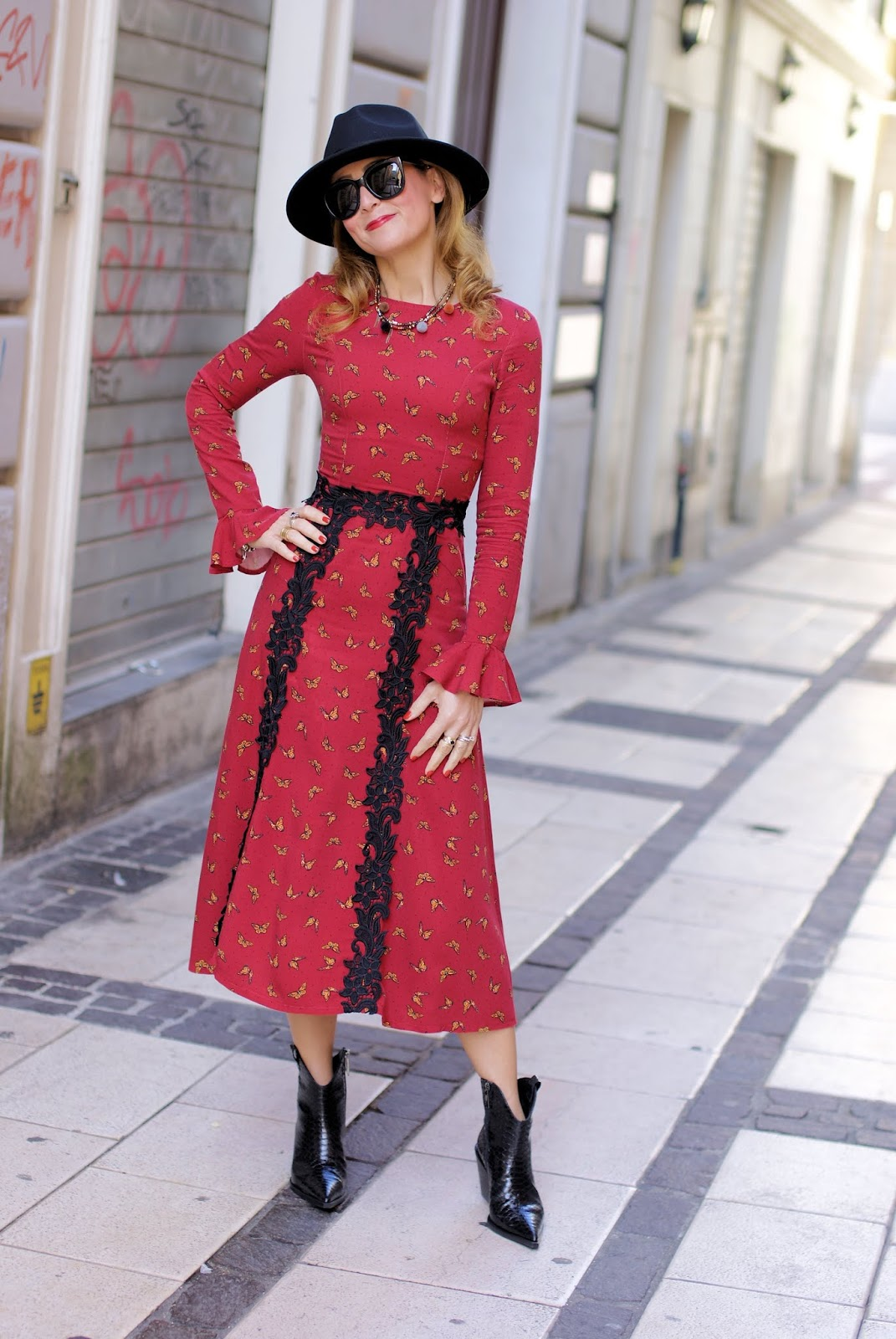 How to dress 70s Country Fashion Style: Maggie Sweet dress Baldinini shoes on Fashion and Cookies fashion blog