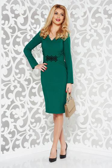 Rochie LaDonna verde eleganta tip creion din stofa subtire usor elastica cu insertii de broderie
