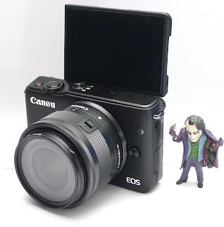 Mirrorless Canon Eos M10 Fullset Bekas