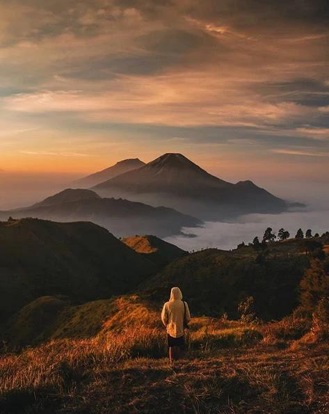 Mount Prau Dieng, The Most Beautiful Place To Enjoy Sunrise - iamindonesia.net